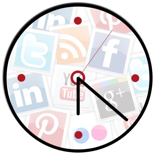 social media clock